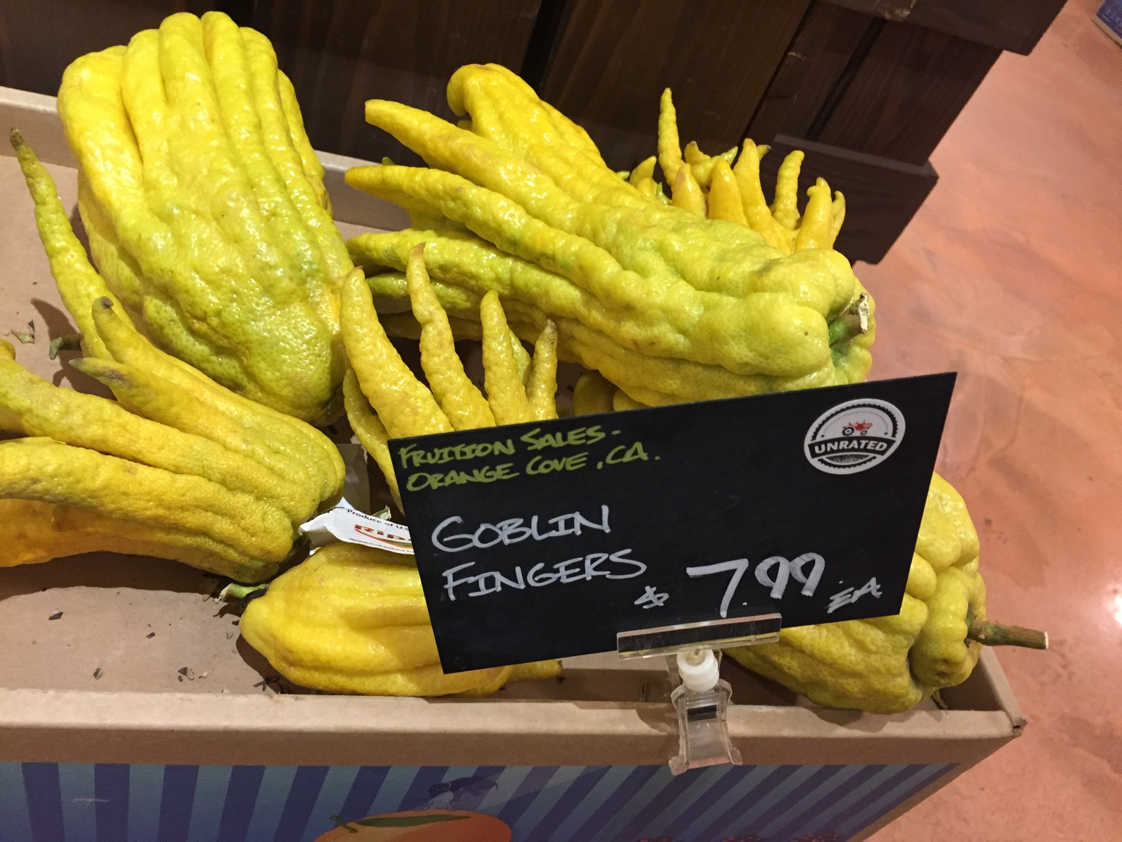 Thanks to this wonderful grocer's imagination, I bring you...goblin fingers!